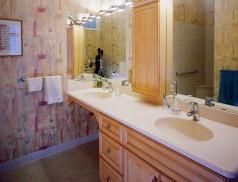 1127-master-bath-vanity